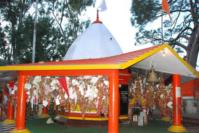 golu-devta-temple-ghorakhal-almora