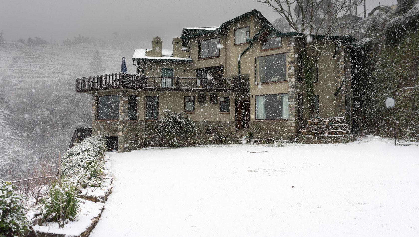 Snowfall at Soulitude Hotel
